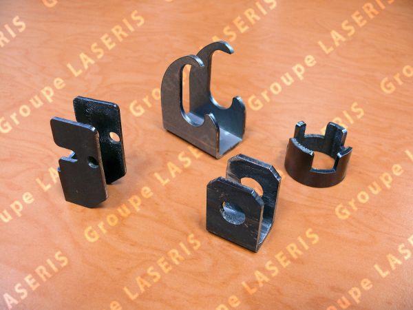 pieces-tubes-poinconnage-et-pliage60757E11-99D3-B760-AB09-5C64242FE38A.jpg